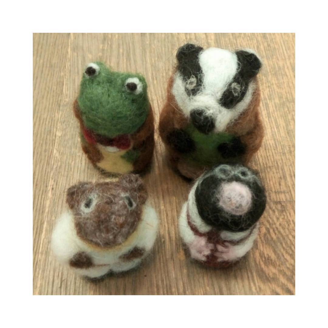 "Wind In The Willows ''They are perfect for my room with a riverside view, thank you so much!"" Debbie #art #woolsculpture #britishwildlife #collectables #toadoftoadhall #ratty #moley"